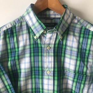 Nautica Slim Fit Button Up (Medium)